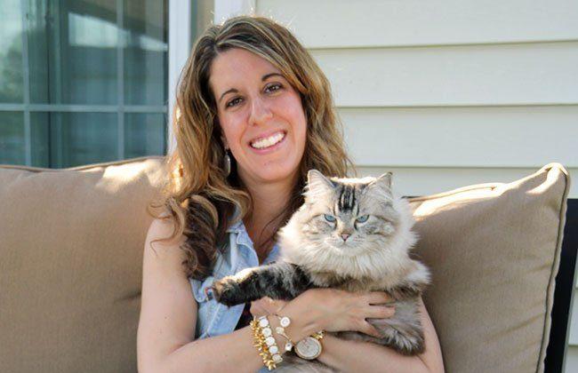 5 Ways to Appreciate Your Cat This Summer #PawsToSavor