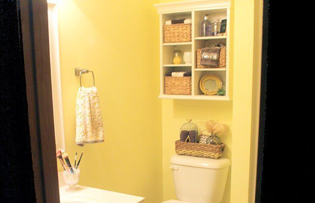 Master Bathroom Vanity Paint Makeover