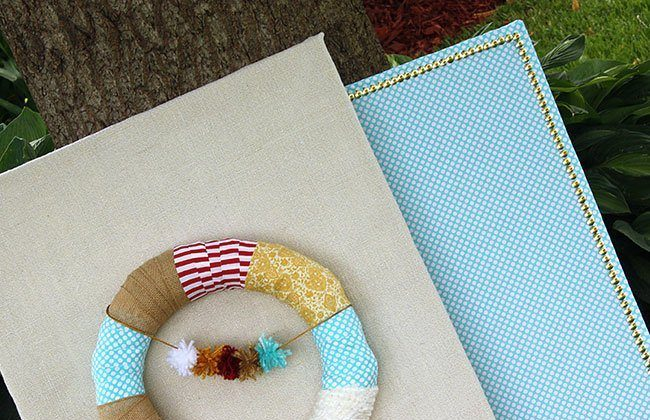 Burlap Covered Canvas with Wreath and Matching Pin Board