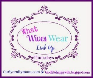 What Wives Wear Link Up #30 – AND a Giveaway!