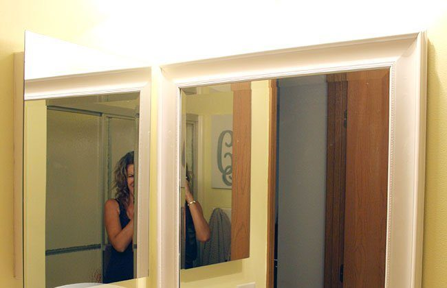 Master Bathroom Mirror Spray Paint Tutorial