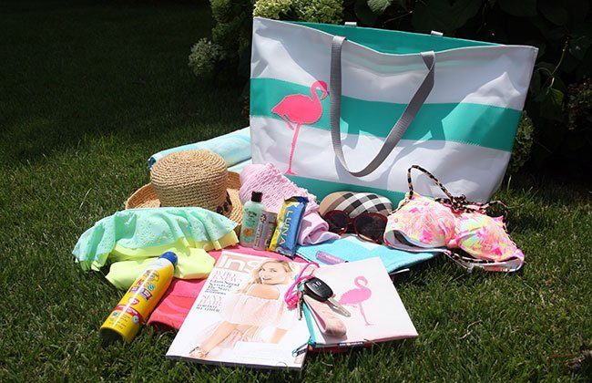 What Wives Wear Link Up #11 – What to Take to the Beach
