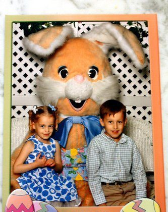 2012 Easter Bunny Picture – FIRST Year Autumn Didn't Cry!