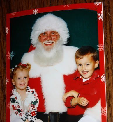 Mall Santa Photo! (And… WOW, no tears this time!)