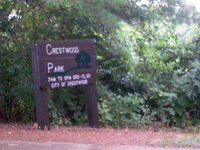 Nathan, Auttie and Chloe explore Crestwood Park
